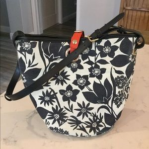Spartina Privateer bucket bag